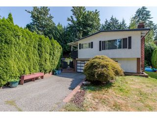 Photo 2: 2676 STEWART Crescent in Abbotsford: Abbotsford East House for sale : MLS®# R2291737