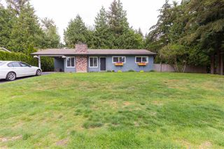 Main Photo: 19759 44B Avenue in Langley: Brookswood Langley House for sale : MLS®# R2292096