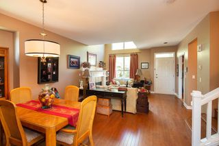"Photo 8: 2940 PANORAMA Drive in Coquitlam: Westwood Plateau Townhouse for sale in ""SILVER OAKS"" : MLS®# R2296635"