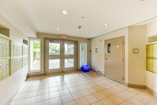 """Photo 3: 412 5759 GLOVER Road in Langley: Langley City Condo for sale in """"College Court"""" : MLS®# R2301267"""