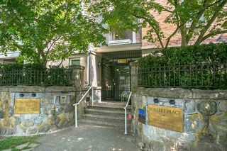 "Photo 18: 304 2588 ALDER Street in Vancouver: Fairview VW Condo for sale in ""BOLLERT PLACE"" (Vancouver West)  : MLS®# R2304230"