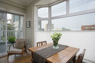 "Photo 3: 304 2588 ALDER Street in Vancouver: Fairview VW Condo for sale in ""BOLLERT PLACE"" (Vancouver West)  : MLS®# R2304230"
