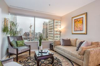 "Photo 2: 605 1177 HORNBY Street in Vancouver: Downtown VW Condo for sale in ""London Place"" (Vancouver West)  : MLS®# R2304699"