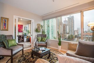 "Photo 3: 605 1177 HORNBY Street in Vancouver: Downtown VW Condo for sale in ""London Place"" (Vancouver West)  : MLS®# R2304699"