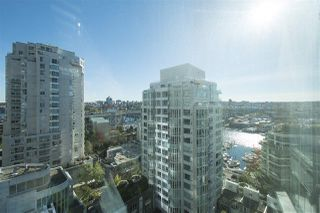 "Photo 7: 1608 1500 HORNBY Street in Vancouver: Yaletown Condo for sale in ""888 BEACH"" (Vancouver West)  : MLS®# R2314224"