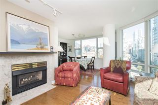 "Photo 4: 1608 1500 HORNBY Street in Vancouver: Yaletown Condo for sale in ""888 BEACH"" (Vancouver West)  : MLS®# R2314224"