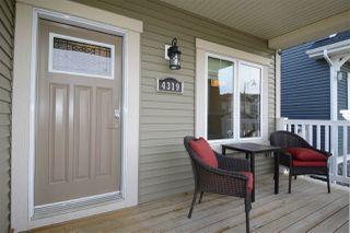 Photo 2: 4319 VETERANS Way in Edmonton: Zone 27 House for sale : MLS®# E4133935