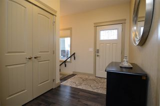 Photo 3: 4319 VETERANS Way in Edmonton: Zone 27 House for sale : MLS®# E4133935