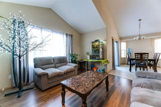 Photo 5: 11806 173A Avenue in Edmonton: Zone 27 House for sale : MLS®# E4138777