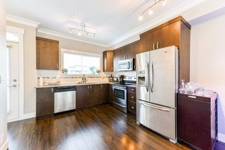 """Photo 1: 4 838 ROYAL Avenue in New Westminster: Downtown NW Townhouse for sale in """"BRICKSTONE WALK II"""" : MLS®# R2331286"""
