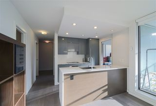 Photo 7: 807 161 W GEORGIA Street in Vancouver: Downtown VW Condo for sale (Vancouver West)  : MLS®# R2334209