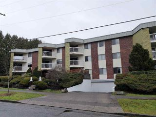 "Main Photo: 301 327 NINTH Street in New Westminster: Uptown NW Condo for sale in ""Kennedy Manor"" : MLS®# R2334560"