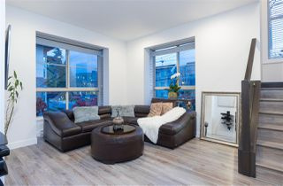 """Photo 8: 6 3022 SUNNYHURST Road in North Vancouver: Lynn Valley Townhouse for sale in """"Ross Residence"""" : MLS®# R2346413"""