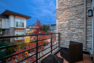 """Photo 6: 6 3022 SUNNYHURST Road in North Vancouver: Lynn Valley Townhouse for sale in """"Ross Residence"""" : MLS®# R2346413"""