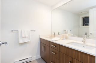 """Photo 12: 6 3022 SUNNYHURST Road in North Vancouver: Lynn Valley Townhouse for sale in """"Ross Residence"""" : MLS®# R2346413"""