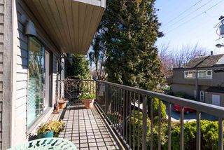 """Photo 12: 202 2001 BALSAM Street in Vancouver: Kitsilano Condo for sale in """"BALSAM MEWS"""" (Vancouver West)  : MLS®# R2353476"""