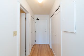 """Photo 2: 202 2001 BALSAM Street in Vancouver: Kitsilano Condo for sale in """"BALSAM MEWS"""" (Vancouver West)  : MLS®# R2353476"""