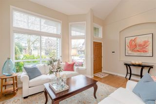 """Photo 3: 3411 ROSEMARY HEIGHTS Crescent in Surrey: Morgan Creek House for sale in """"ROSEMARY HEIGHTS"""" (South Surrey White Rock)  : MLS®# R2358805"""