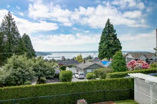 Photo 2: 1445 NELSON Avenue in West Vancouver: Ambleside House for sale : MLS®# R2364962