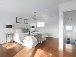 Photo 12: 3462 PANDORA Street in Vancouver: Hastings Sunrise House for sale (Vancouver East)  : MLS®# R2365849