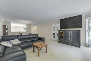 """Photo 5: 307 1500 OSTLER Court in North Vancouver: Indian River Condo for sale in """"Mountain Terrace"""" : MLS®# R2368182"""