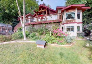 "Main Photo: 5081 SUNSHINE COAST Highway in Sechelt: Sechelt District House for sale in ""WEST SECHELT"" (Sunshine Coast)  : MLS®# R2371187"