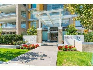 "Photo 1: 403 1501 VIDAL Street: White Rock Condo for sale in ""THE BEVERLY"" (South Surrey White Rock)  : MLS®# R2372385"