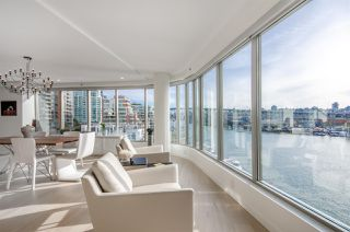 """Photo 7: 501 1012 BEACH Avenue in Vancouver: Yaletown Condo for sale in """"1000 BEACH"""" (Vancouver West)  : MLS®# R2377909"""