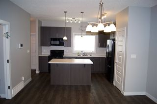 Photo 2: 2817 17A Avenue in Edmonton: Zone 30 House for sale : MLS®# E4162299