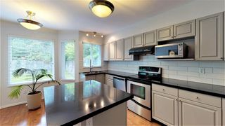 Photo 4: 1150 CANYON Boulevard in North Vancouver: Canyon Heights NV House for sale : MLS®# R2386765