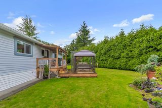 "Photo 19: 20 2303 CRANLEY Drive in Surrey: King George Corridor Manufactured Home for sale in ""Sunnyside Estates"" (South Surrey White Rock)  : MLS®# R2413496"