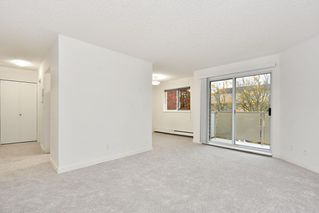 "Photo 4: 303 998 W 19TH Avenue in Vancouver: Cambie Condo for sale in ""SOUTHGATE PLACE"" (Vancouver West)  : MLS®# R2415200"