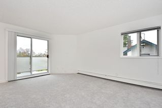 "Photo 2: 303 998 W 19TH Avenue in Vancouver: Cambie Condo for sale in ""SOUTHGATE PLACE"" (Vancouver West)  : MLS®# R2415200"