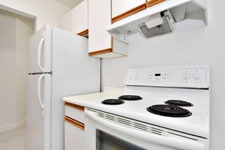 "Photo 10: 303 998 W 19TH Avenue in Vancouver: Cambie Condo for sale in ""SOUTHGATE PLACE"" (Vancouver West)  : MLS®# R2415200"