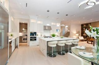 Photo 17: 35 GLENMORE Drive in West Vancouver: Glenmore House for sale : MLS®# R2418778