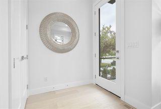 Photo 2: 11123 70 Avenue in Edmonton: Zone 15 House for sale : MLS®# E4181642