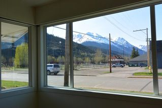 Photo 16: 1032 KING Street in Smithers: Smithers - Town House for sale (Smithers And Area (Zone 54))  : MLS®# R2429352