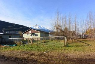 Photo 19: 1032 KING Street in Smithers: Smithers - Town House for sale (Smithers And Area (Zone 54))  : MLS®# R2429352