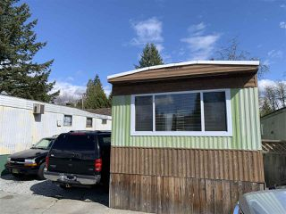 "Photo 1: 32 21668 LOUGHEED Highway in Maple Ridge: West Central Manufactured Home for sale in ""CENTENNIAL MOTOR INN & TRAILER COURT"" : MLS®# R2450858"
