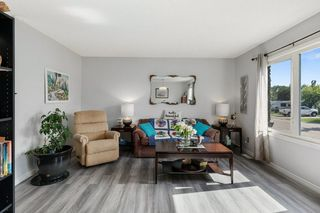 Photo 4: 107 DISCOVERY Avenue: Cardiff House for sale : MLS®# E4203442
