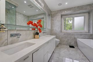 Photo 18: 707 W 28TH Avenue in Vancouver: Cambie House for sale (Vancouver West)  : MLS®# R2472668