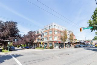 "Photo 15: 302 2103 W 45TH Avenue in Vancouver: Kerrisdale Condo for sale in ""The Legend"" (Vancouver West)  : MLS®# R2478191"