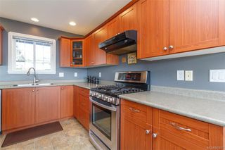 Photo 4: 2222 Setchfield Ave in : La Bear Mountain House for sale (Langford)  : MLS®# 845657