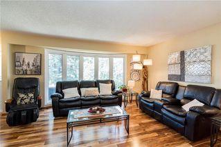 Photo 3: 19 Thornbury Crescent in Winnipeg: Oakwood Estates Residential for sale (3H)  : MLS®# 202018546