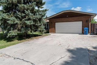 Photo 32: 19 Thornbury Crescent in Winnipeg: Oakwood Estates Residential for sale (3H)  : MLS®# 202018546