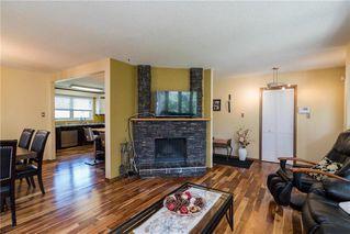 Photo 4: 19 Thornbury Crescent in Winnipeg: Oakwood Estates Residential for sale (3H)  : MLS®# 202018546