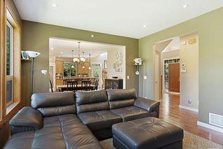 Photo 9: 12232 261 Street in Maple Ridge: Websters Corners House for sale : MLS®# R2493946