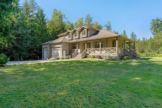 Photo 2: 12232 261 Street in Maple Ridge: Websters Corners House for sale : MLS®# R2493946
