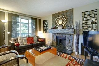 Photo 4: 172 WOODGLEN Grove SW in Calgary: Woodbine Detached for sale : MLS®# A1030510