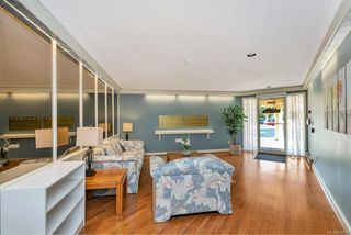 Photo 3: 204 2490 Bevan Ave in : Si Sidney South-East Condo for sale (Sidney)  : MLS®# 856667